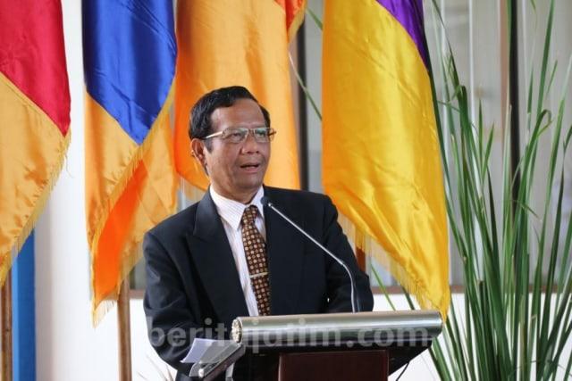Mahfud MD Paparkan Masa Depan Hukum Indonesia (685923)