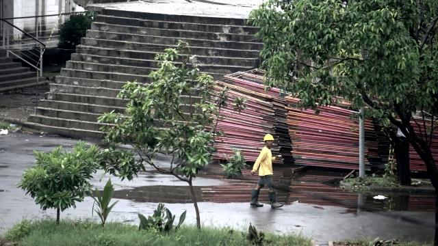 Foto: Pembangunan Tol Becakayu Terhambat (26519)