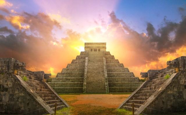 Ilustrasi bangunan Suku Maya