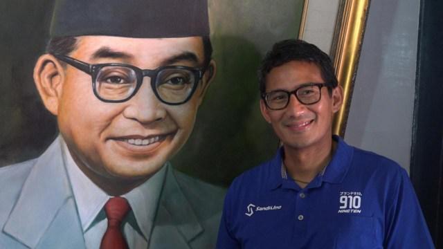 Sandiaga Uno di rumah kelahiran Bung Hatta.jpg