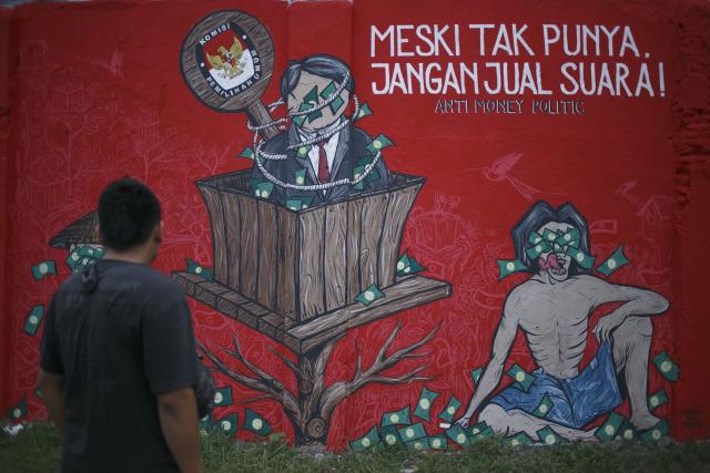 Mural tolak politik uang