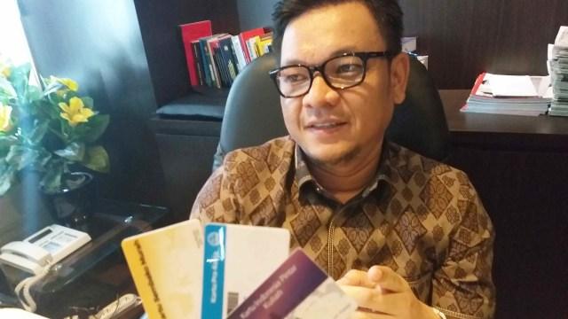 Wujud 3 Kartu Sakti Jokowi Prakerja Sembako Murah Dan Kip Kuliah Kumparan Com