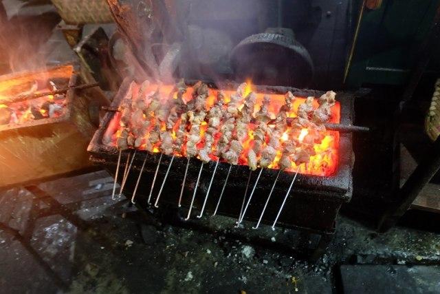 Nasi Timbu hingga Sate Klatak, 5 Makanan Khas Idul Adha dari Berbagai Daerah  (146304)