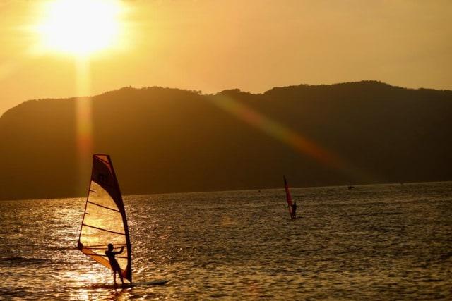 windsurfing7.jpeg