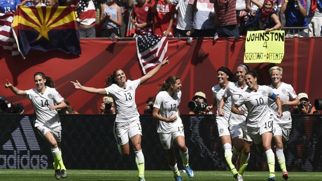 Gaya Headband Tim AS yang Curi Perhatian saat Piala Dunia Wanita 2019 (107435)