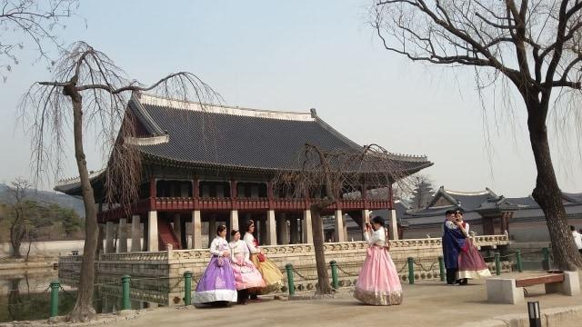 Acehkini Jalan-jalan: Melihat Kemegahan Istana Gyeongbok di Korea (25724)