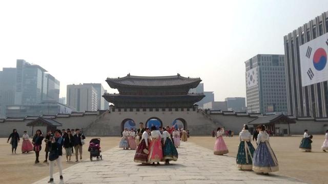 Acehkini Jalan-jalan: Melihat Kemegahan Istana Gyeongbok di Korea (25725)
