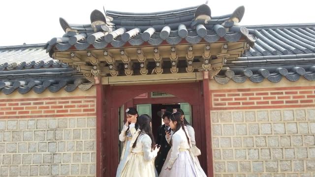 Acehkini Jalan-jalan: Melihat Kemegahan Istana Gyeongbok di Korea (25726)
