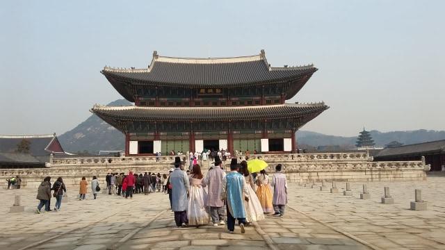 Acehkini Jalan-jalan: Melihat Kemegahan Istana Gyeongbok di Korea (25729)
