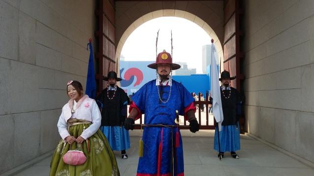 Acehkini Jalan-jalan: Melihat Kemegahan Istana Gyeongbok di Korea (25727)