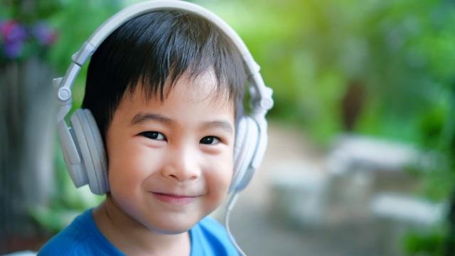 Daftar Podcast Dongeng Anak yang Bisa Didengarkan Bersama Keluarga (1075629)