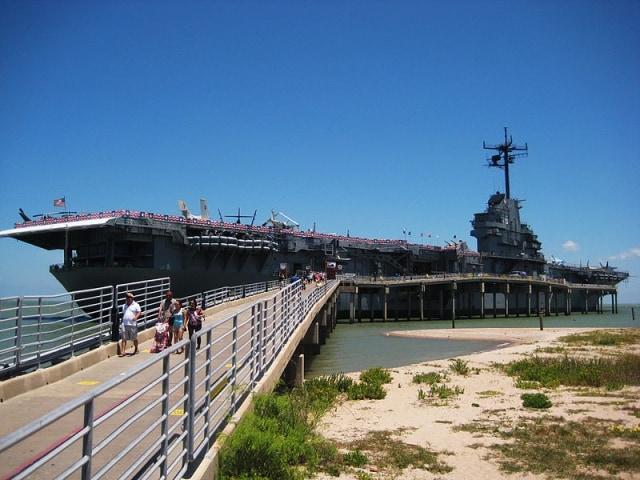 Menengok Museum Kapal Perang di Texas (14160)