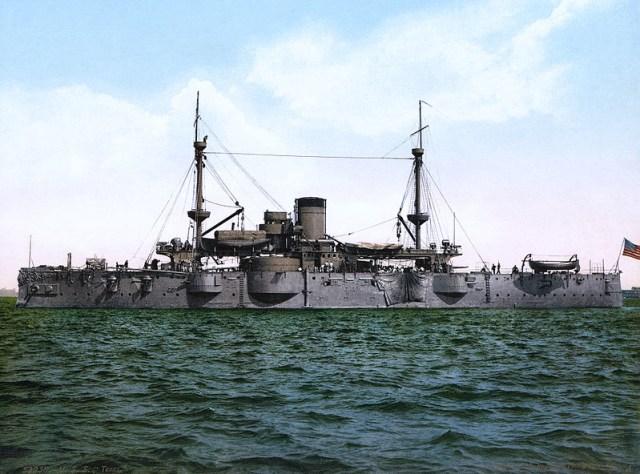 Menengok Museum Kapal Perang di Texas (14162)