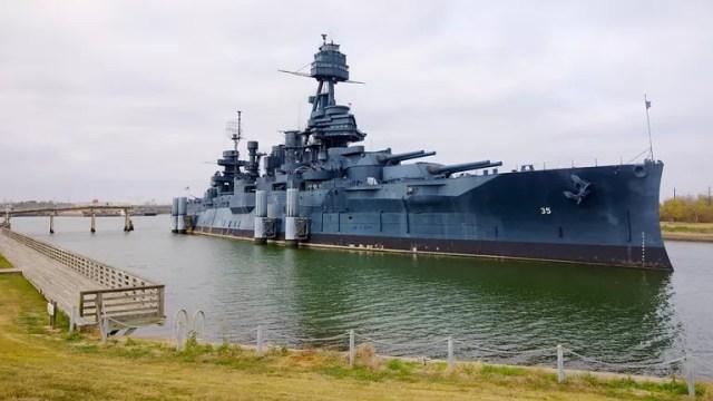 Menengok Museum Kapal Perang di Texas (14163)