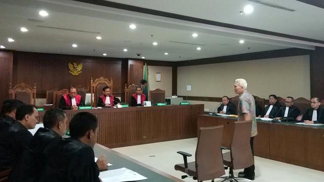 Sidang dakwaan Bendahara KONI nonaktif, Johnny E Awuy, Pengadilan Tipikor Jakarta
