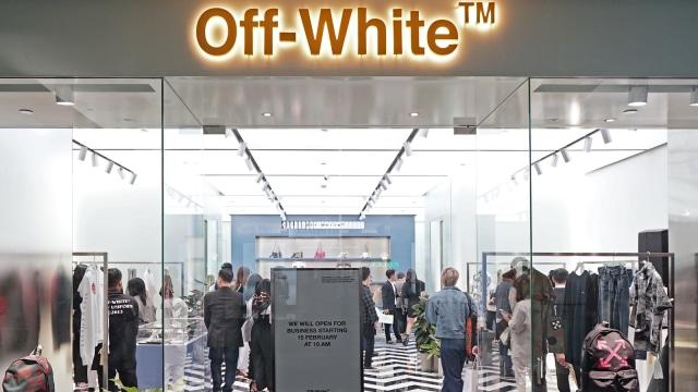 Store pertama Off-White di Indonesia, Plaza Indonesia