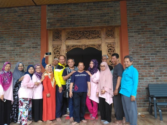 50 Orang Berangkat Umroh Gratis POS III Aqua Dwipayana, 5 dari Malang (113157)