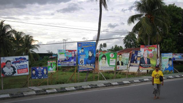 Caleg, Baliho, dan Kampanye di Gorontalo (79480)