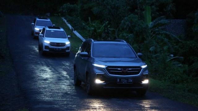 Simak, Kiat Aman Mengemudi Mobil di Situasi Hujan Deras (89917)