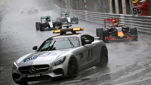 Intip Mobil Aston Martin, yang Akan Jadi Safety Car Formula 1 2021 (296579)