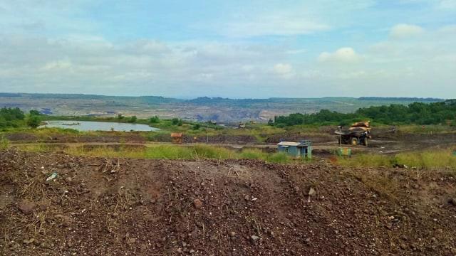 Tambang Batu Bara, Adaro
