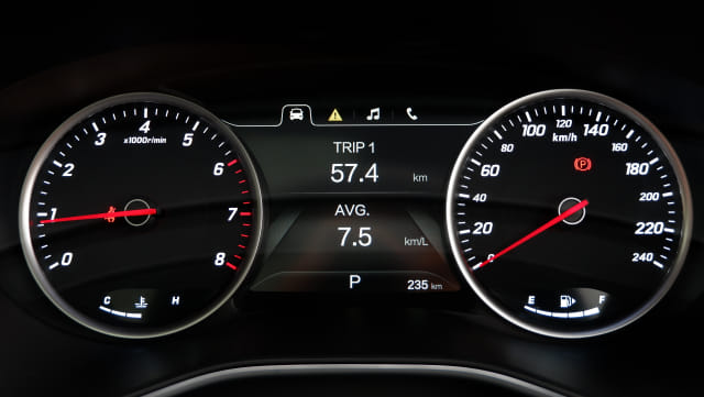 Trik Hindari Beli Mobil Bekas dengan Angka Kilometer Palsu (748321)