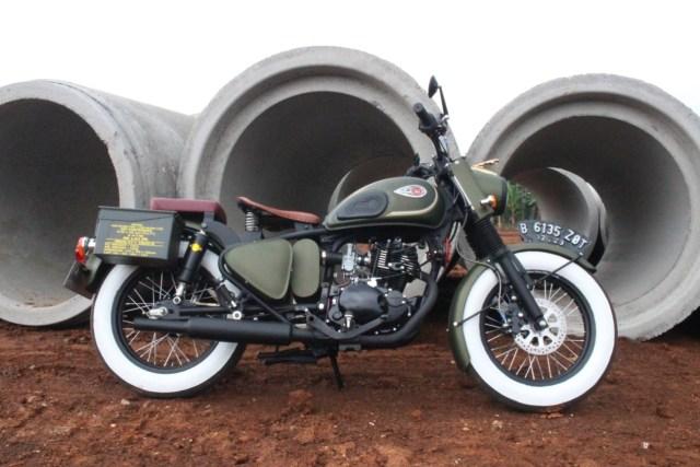 Kawasaki W175 Dirombak Jadi Royal Enfield Classic 500  (518050)