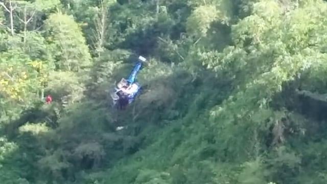 2 Korban Helikopter Jatuh Dirujuk ke Rumah Sakit TMC Tasikmalaya  (38257)