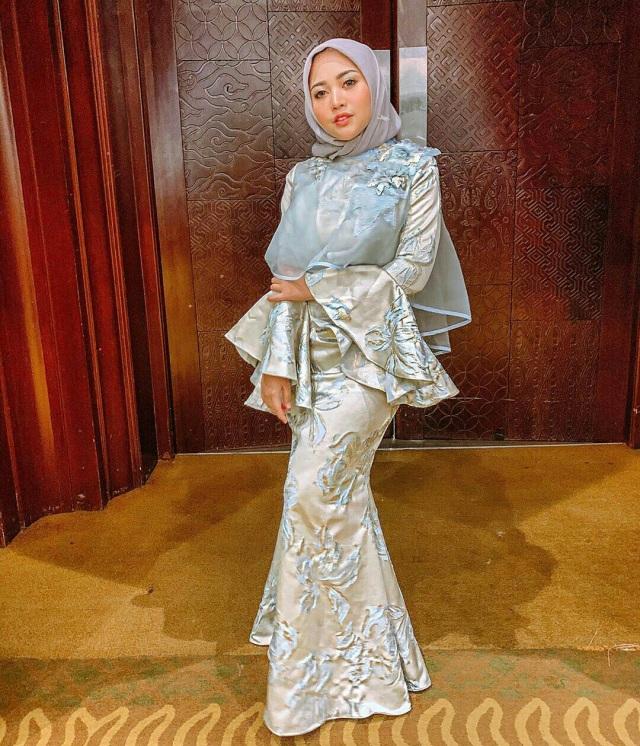 7 Style Busana Hijab Ala Rachel Vennya (1041)