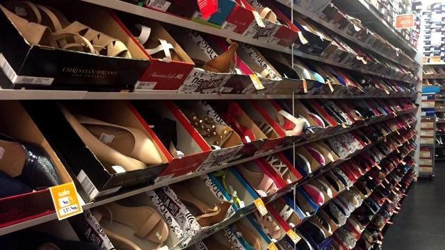 Gerai Sepatu, Payless, Pejaten Village