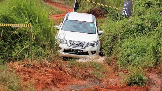 Otomotif, Test Drive, nissan Terra, NIssan, off-road,