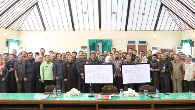KPK Beri Pembekalan Pada Pejabat Pemkab Bojonegoro (99191)