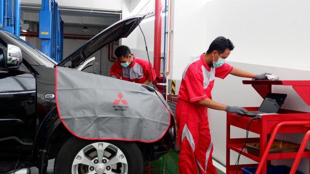 Wajib Tahu, Kebiasaan Pengemudi Mobil Manual yang Bikin Boros BBM (922275)