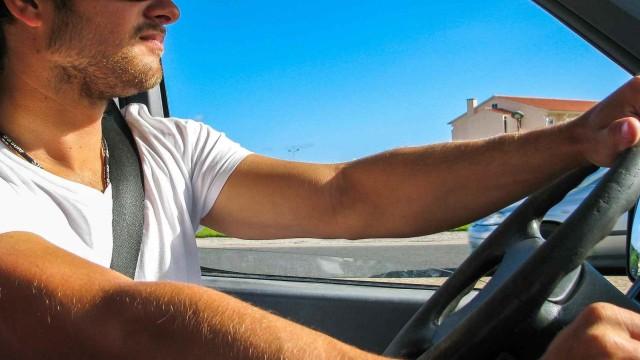 Berita Populer: Ini Etika Nyetir Mobil di Tol; SIM C Moge dan Motor Listrik (226972)