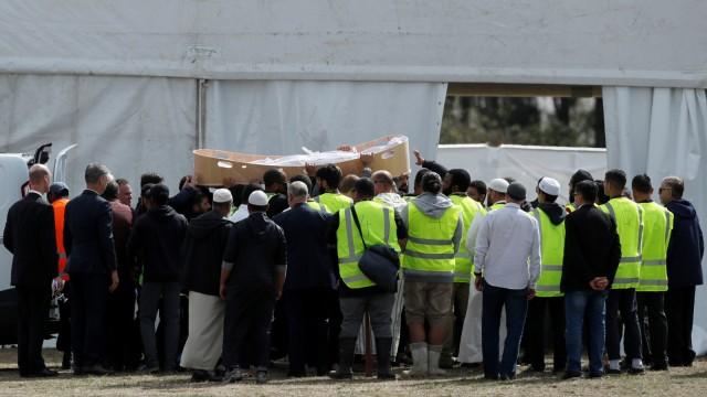 Pemakaman korban penembakan, masjid di Memorial Park Cemetery di Christchurch, Selandia Baru