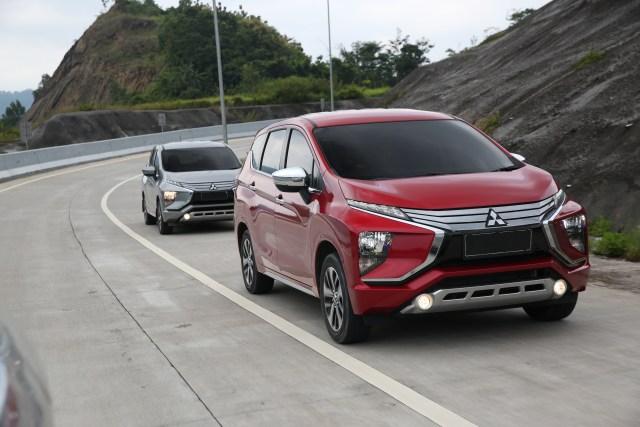 com-Mitsubishi Xpander