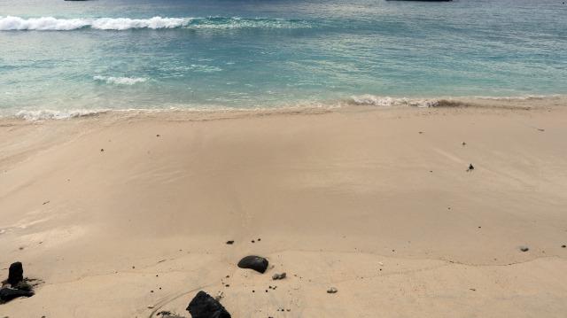Pantai di Gili Meno