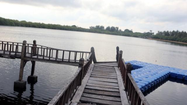 Danau di Gili Meno
