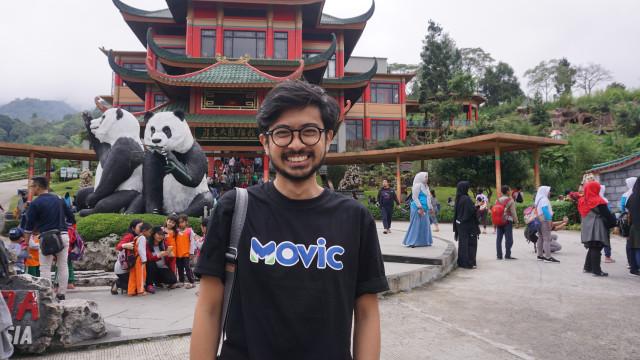 com-Den Dimas, yang dikenal lewat akunnya @buburayamracer