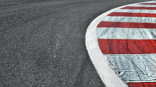 Mitos atau Fakta: Ban Lebih Cepat Aus di Jalanan Beton (681010)