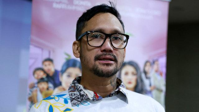 Tora Sudiro, konferensi pers launching poster film Rumput Tetangga