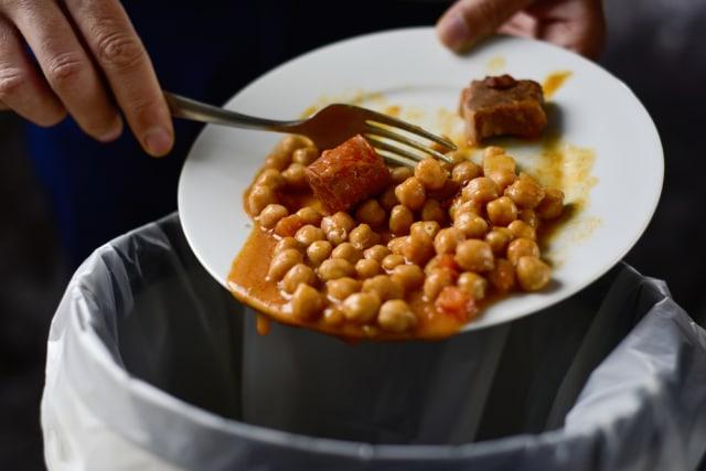 Kata Ilmuwan, Ganti Piring Makan Bentuk Oval Bisa Kurangi Sampah Makanan (258699)