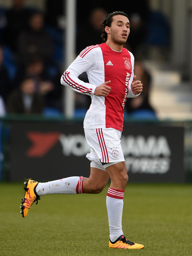 Ezra Walian, Ajax (NOT COVER)