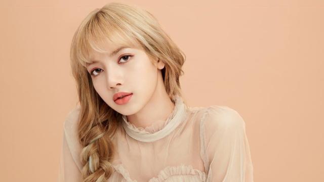 Lisa Blackpink Jadi Perempuan Tercantik di Asia 2020, Ini Rahasia Kecantikannya (1)