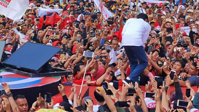 Hasto Kristiyanto: Kampanye Akbar Ajang Penguatan Basis Pemilih  (10284)