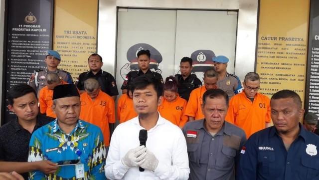 Eks Pegawai Bank Jual Senpi Rakitan Rp 7 Juta Lewat Medsos Diciduk Polisi (241458)