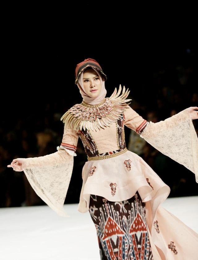 Angel Lelga, Indonesia Fashion Week 2019 (NOT COVER)