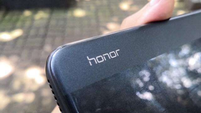 Review Honor 8A, Apakah Layak Dibeli? (60043)