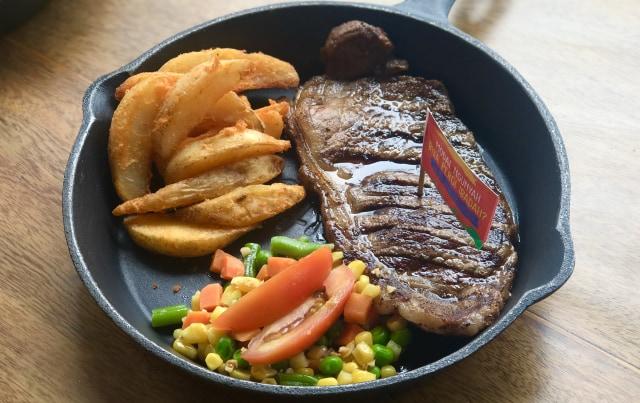 Kenali Beef Marbling Standard Pada Daging Steak (635499)