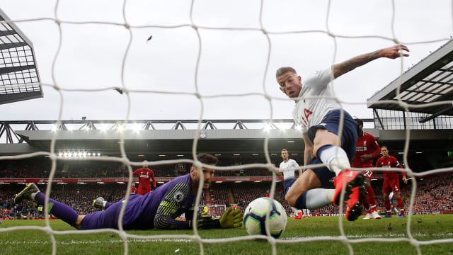 Pemain belakang Tottenham Hotspurs, Toby Alderweireld.